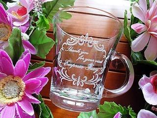 周年記念品用のティーカップ